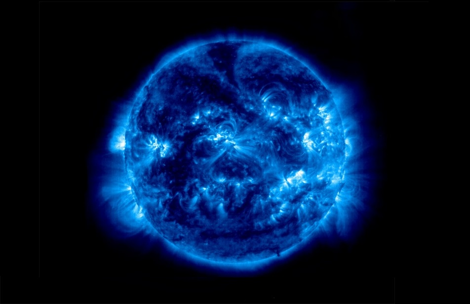 blue-sun-outer-space-stars-1024x788-wallpaper_www-wall321-com_23